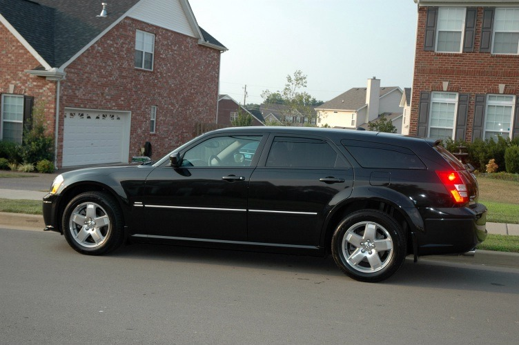 My 2005 Dodge Magnum Rt Awd